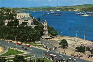 Turkey Bogazicinden bir Gorunus Dolmabahce Sarayi ve Saati Postcard
