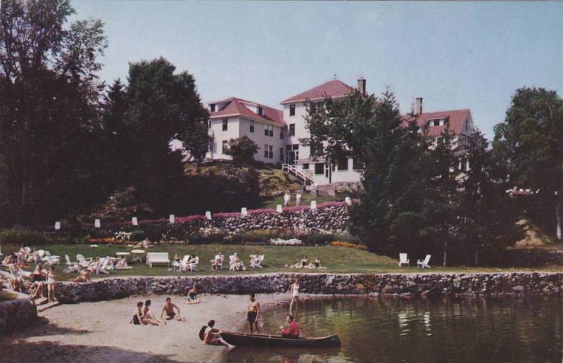 Canoe, Gray Rocks Inn, On Lac Ouimet, St. Jovite, La Province De Quebec, Cana...