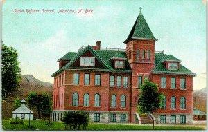 1910 Mandan, North Dakota Postcard STATE REFORM SCHOOL Building Front View