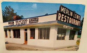 Vintage Merlin Lewis Restaurant Rocky Mount, NC. Adjoins Hunts Motel Postcard