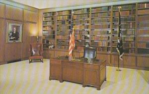 Presidential Room Eishower Presidential Library Abilene Kansas