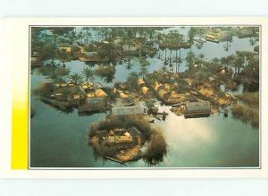 Irac Irak Les Maadans Habitants des marais Aerial View Water  ? Postcard  # 7515