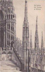 Italy Milano Un saluto dal Duomo