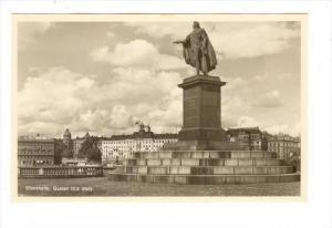 RP  Stockholm , Sweden, 30-40s   Gustav III:s Staty