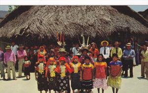 Festivities on the Day of the Indians, Island of San Blas, Panama, 40-60´s