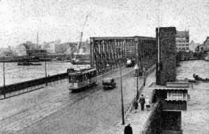 Netherlands Rotterdam Maasbrug Bridge Auto Vintage Cars Postcard