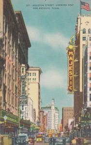 SAN ANTONIO , Texas , 30-40s ; Houston Street Looking East, Majestic Theater