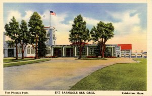 MA - Fairhaven. Fort Phoenix Park, The Barnacle Sea Grill