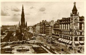 UK - Scotland, Edinburgh. Princes Street     RPPC