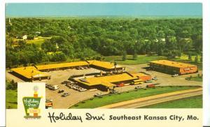 Holiday Inn, Southeast Kansas City, Missouri unused Postcard