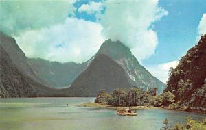 New Zealand Old Vintage Antique Post Card Milford Sound South Island Unused