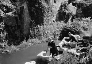 BR19787 Huelgoat lavandieres pres du vieux moulin  france