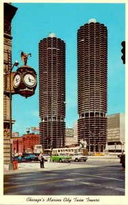 Illinois Chicago Marina City Twin Towers