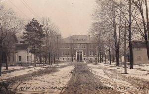 RP : HEADING , Michigan , 1910 ; New School Building