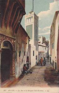 ALGER.-La Rue te la Mosquee Sidi-Ramdan, 00-10s