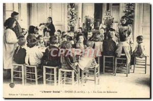 Old Postcard The Children & # 39avenir social Epone A corner of the refectory...