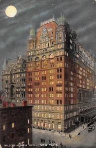 US N.Y. New York City, Waldorf-Astoria Hotel, Moonlight