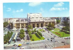 Italy Milan Railroad Station Stazione Centrale 4X6 Postcard