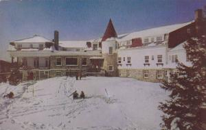 The Manor House, Ste. Agathe des Monts,  La Province de Quebec,  Canada,  40-60s