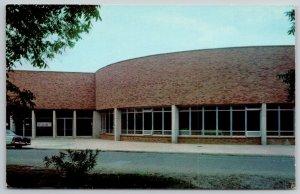 Monroe Louisiana~State College~Admin Bldg~Worlds Largest Gas Field~1958 PC