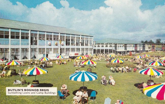 Butlins bognor regis holiday camp swimming pool lawns 2x postcard s hippostcard for Bognor regis butlins swimming pool