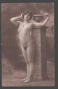 101259 NUDE Plump Lady BELLE near Vase Vintage PHOTO JA #63