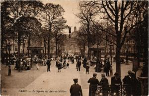 CPA Paris 3e Paris-Le Square des Arts et Métiers (313922)