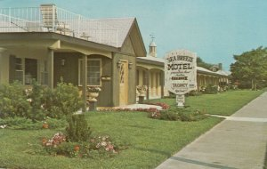 CAPE MAY, New Jersey, 1950-60s; Sea Breeze Motel