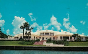 BISCAYNE BAY, Florida, PU-1987; Waterfront Home of Fred Hooper