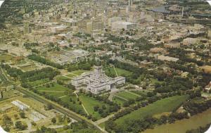 Legislative Bldg , WINNIPEG , Manitoba , Canada , 50-60s