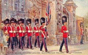 LONDON ENGLAND~SCOTS GUARDS LEAVING BUCKINGHAM PALACE~1930s POSTCARD