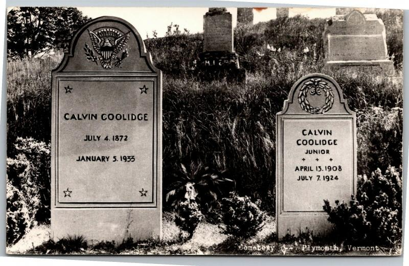 RPPC Calvin Coolidge Grave Headstone Cemetery Plymouth VT Vintage Postcard M11