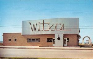 Ames Iowa Witkes Restaurant Street View Vintage Postcard K103870