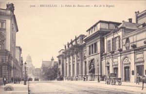 BRUXELLES , Belgium , 00-10s ; Le Palais des Beaux-Arts - Rue de la regence