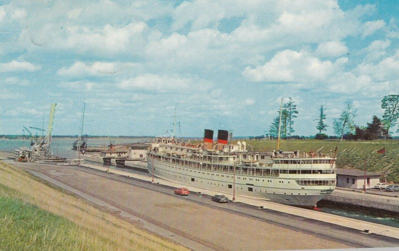 New St Lawrence Seaway , Ontario , 1962 , Lock No 7