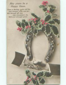 Pre-Linen christmas SHAKING HANDS UNDER HORSESHOE WITH HOLLY k0958