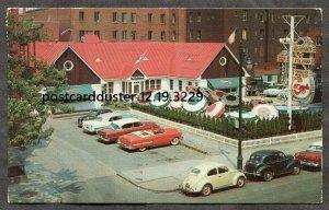 dc259 - MONTREAL Quebec 1962 Desjardins Sea Food on Mackay Street. Cars, Beattle