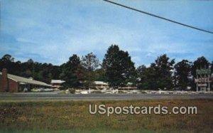 Colonial Courts Motel - Newport News, Virginia