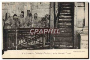 Old Postcard From Caveau St Michel's mother and Skeletons & # 39enfant
