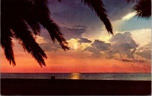 Louisiana LA New Orleans SUNSET Lake Pontchartrain Chrome Color Postcard