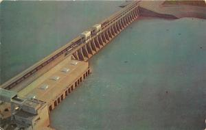 Gilbertsville Kentucky Dam on KY Lake Bird's Eye View~Train Crossing~1950s Pc