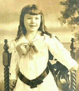 GIRL DRESSED LAVISHLY AZO RPPC Cute Antique VICTORIAN STUDIO NORFOLK VA Photo