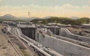 Bird's Eye view of the Miraflores Locks, PANAMA Canal, PU-1914