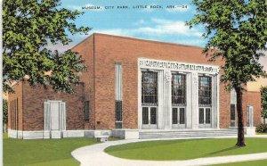 LITTLE ROCK, AR Arkansas  MUSEUM OF FINE ARTS~City Park  c1940's Linen Postcard
