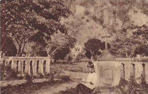 Sainte-Pierre, entree du Cimetiere , Martinique, 1910s