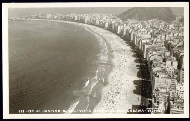 brazil, RIO DE JANEIRO, Vista Aerea de Copacabana (1950s) RPPC