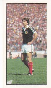 Trade Cards Geo. Bassett FOOTBALL 1979-80 No 35 Stuart Kennedy (Aberdeen)
