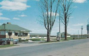 Classic Cars Outside Motel A La Claire Fontaine, Restaurant, Plessisville, Qu...