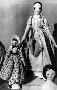 RPPC DOLLY WARES DOLL MUSEUM Florence, Oregon Antique Toys Vintage Postcard