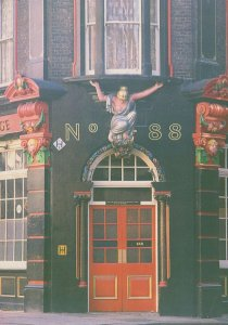 Shipwright Arms Tooley Street London Pub Statue With Breasts Postcard